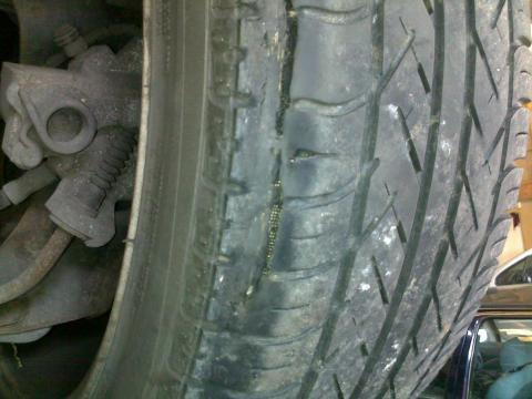 dangerous tyre